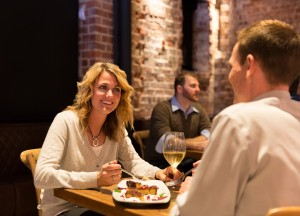 Black-Sheep-Restaurant_Table_6Z2A0718_1500x1080