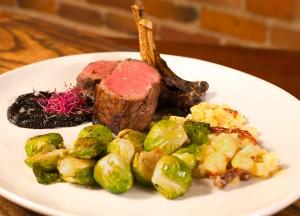 Restaurants with local ingredients in Cedar Rapids - Black Sheep